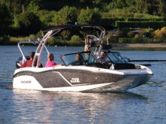 MasterCraft NXT20 Barefoot and Watersport Imbarcazione Sportiva