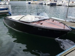 Boesch 710 Costa Brava Electric Power Runabout