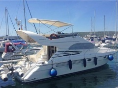 Fairline Phantom 40 Fly Flybridge Yacht