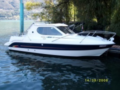 Bella 652 Pilothouse Boat