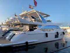 Azimut 66 Fly Flybridge Yacht