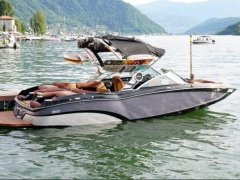 MasterCraft X-23 Surf Edition Wakeboard / Water Ski