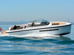 Delta Powerboats 33 Open Cuddy Cabin