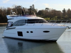 Princess 52 Flybridge Yacht