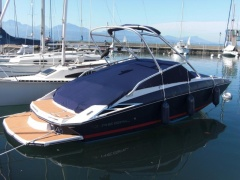 Regal 2220 Fastdeck