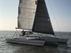 Quorning Dragonfly 1000 Trimaran