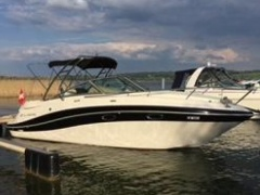 Four Winns 278 Vista Pilothouse Boat