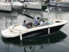 Sea Ray 220 Select Sport Boat