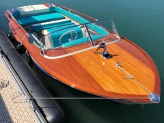 Riva Junior Motor Yacht