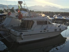Piantoni (IT) Piantoni 35 Flybridge Yacht