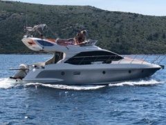 Azimut 43 Flybridge seson ending promotion Flybridge