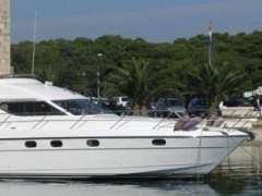 Princess 470 Fly Flybridge Yacht