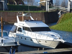 Neptunus 138 Sedan Flybridge Flybridge Yacht