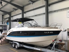 Quicksilver Activ 805 Cruiser Cuddy Cabin