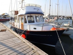 Marine Yachting Trader 34 Sedan Flybridge Yacht