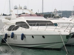 Azimut 62 Fly- Model 2005 Flybridge Yacht