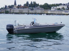 Buster L Console Sport Boat