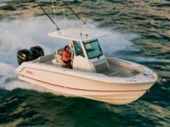 Boston Whaler 250 Outrage Deck-boat