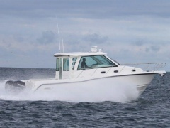 Boston Whaler 345 CONQUEST PILOTHOUSE Pilot House Boat