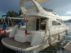 Birchwood 360 Challenger Flybridge Yacht