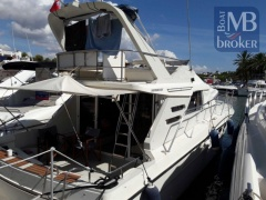 Fairline F42 Flybridge Yacht