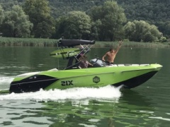 Axis A22 Wakeboard / Water Ski