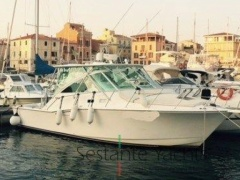 Cabo 35 Express Yacht a Motore