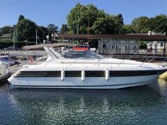 Princess 366 Riviera Deck Boat