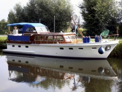 Super van Craft 1260 Cruiser Yacht