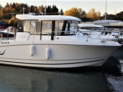 Jeanneau Merry Fisher 755 Marlin Pilot House Boat