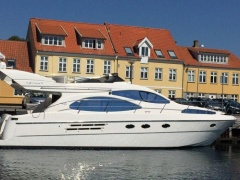 Azimut 46 Evolution Flybridge Yacht