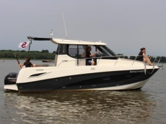 Quicksilver 855 Activ Weekend Cruiser Motoryacht