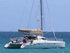 Fountaine Pajot Lavezzi 40 Catamarano