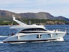 Meridian Yachts 441 Sedan Flybridge Yacht