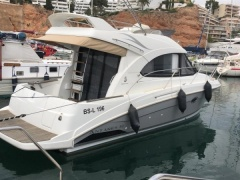 Antares 30 Fly Flybridge