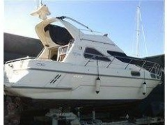 Sealine 320 Flybridge Yacht
