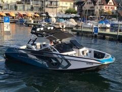 Correct Craft Super Air Nautique G23 Wakeboard / Ski nautique