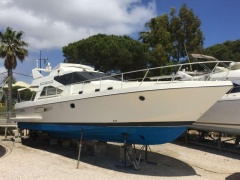 Guy Couach 1401 Flybridge Yacht