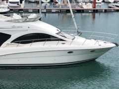 Sea Ray 375 Sedan Bridge Motoryacht