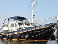Linssen Grand Sturdy 460 Cuddy Cabin