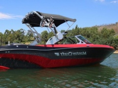MasterCraft XT23 Surf and Wake Wakeboard / Wasserski