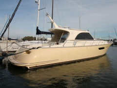 Mochi Craft 44 Dolphin Flybridge Yacht