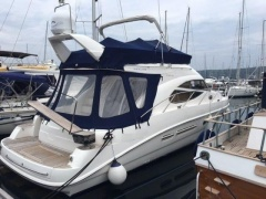 Sealine 42,5 Flybridge Yacht