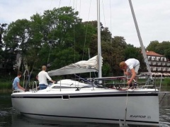 Raport Yacht Raptor 26 Trailer, Motor Kielboot