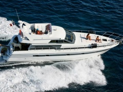 Mochi Craft Mochi 15M moored in St Tropez Flybridge Yacht