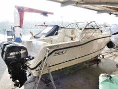 Boston Whaler 255 Conquest mit 2 Mercury 200 XL Sportboot