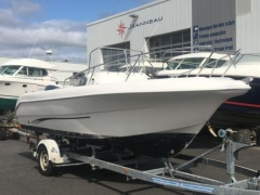 Pacific Craft 550 Deck Boat