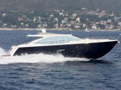 Absolute 64 Motoryacht