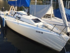 J Boats J-80 Kielboot