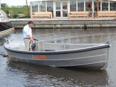 Alure 650- Arbeitsboot